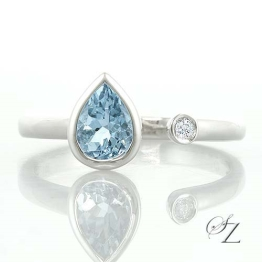 aquamarine-and-diamond-ring-jsr078