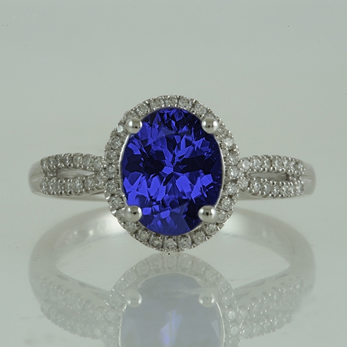 oval-tanzanite-and-diamond-ring-jsr091