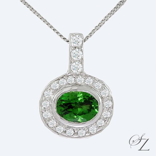 oval-tsavorite-and-diamond-halo-pendant-lssp181