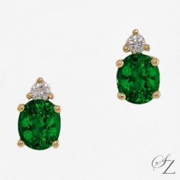 tsavorite-and-diamond-stud-earrings-lste015