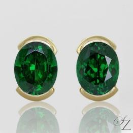oval-tsavorite-stud-earrings-lste051