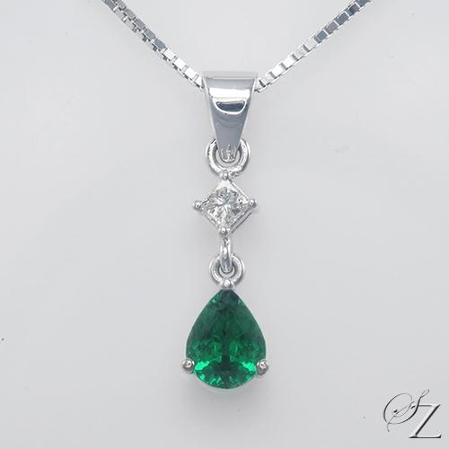 tsavorite-and-diamond-pendant-lstp065