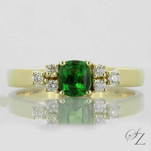 tsavorite-and-diamond-ring-lstr020