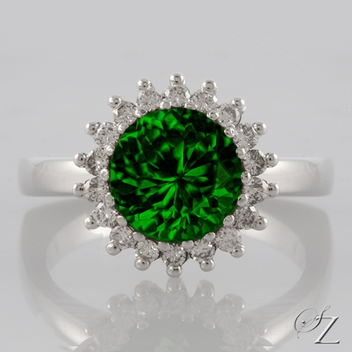 tsavorite-and-diamond-halo-ring-lstr103