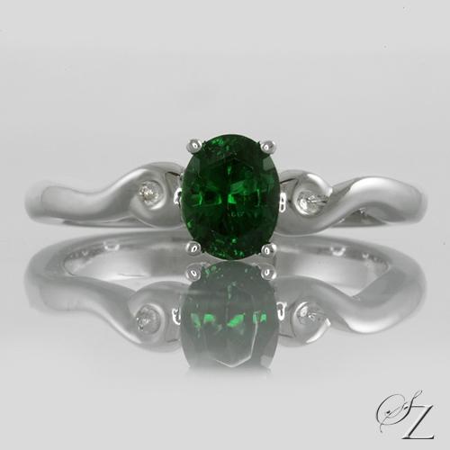 oval-tsavorite-solitaire-ring-lstr112