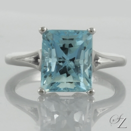 aquamarine-solitaire-ring-lstr113