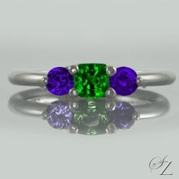 tsavorite-and-tanzanite-three-stone-ring-lstr114