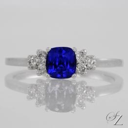 tanzanite-and-diamond-ring-lstr141