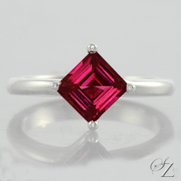 rhodolite-princess-cut-solitaire-ring-lstr157