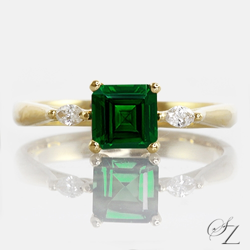 tsavorite-and-marquise-diamond-ring-lstr181