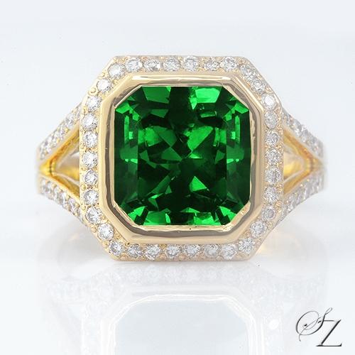 5-carat-tsavorite-and-diamond-ring-lstr184