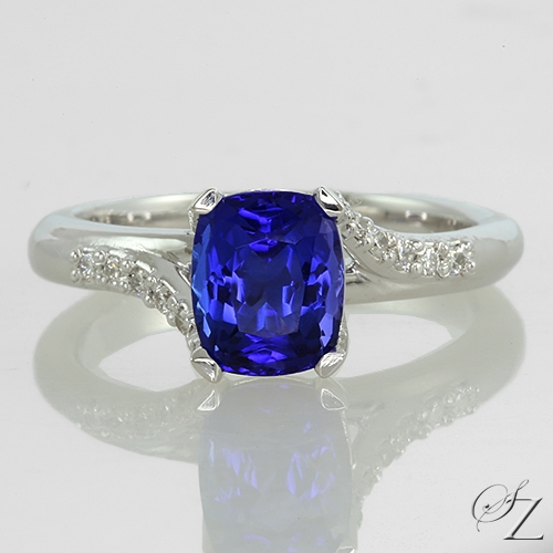 tanzanite-and-diamond-ring-lstr217