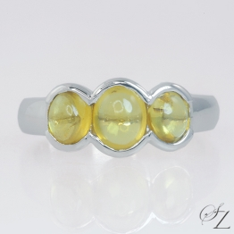 fancy-yellow-sapphire-ring-lstr220