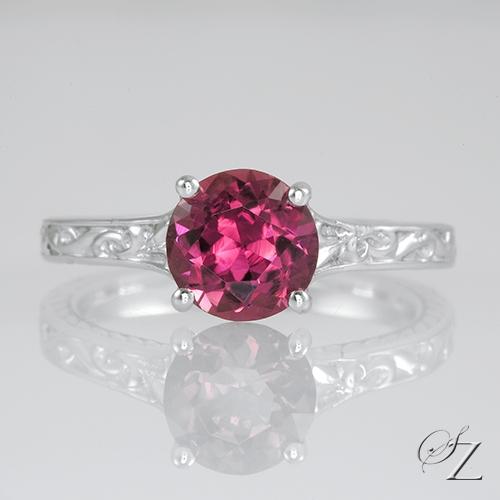 round-rhodolite-ring-lstr246