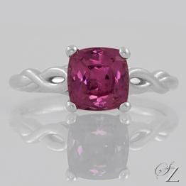 cushion-rhodolite-ring-lstr248