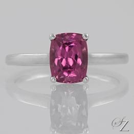 rhodolite-garnet-solitaire-ring-lstr251