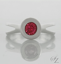 contemporary-mahenge-spinel-ring-msr022