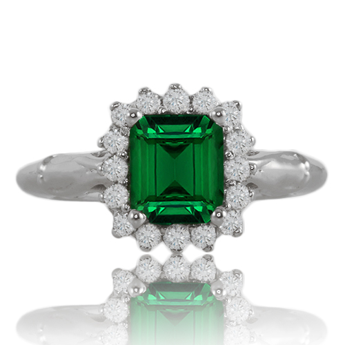 tsavorite-and-diamond-cluster-ring-lstr100