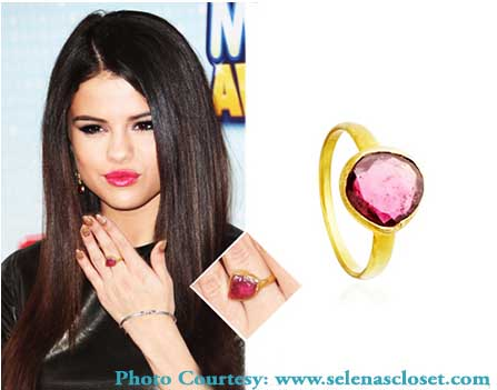 Selena Gomez Tourmaline Jewelry Disney Music Awards 2013.jpg