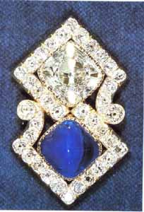 The Queen Mary Russian Brooch.jpg